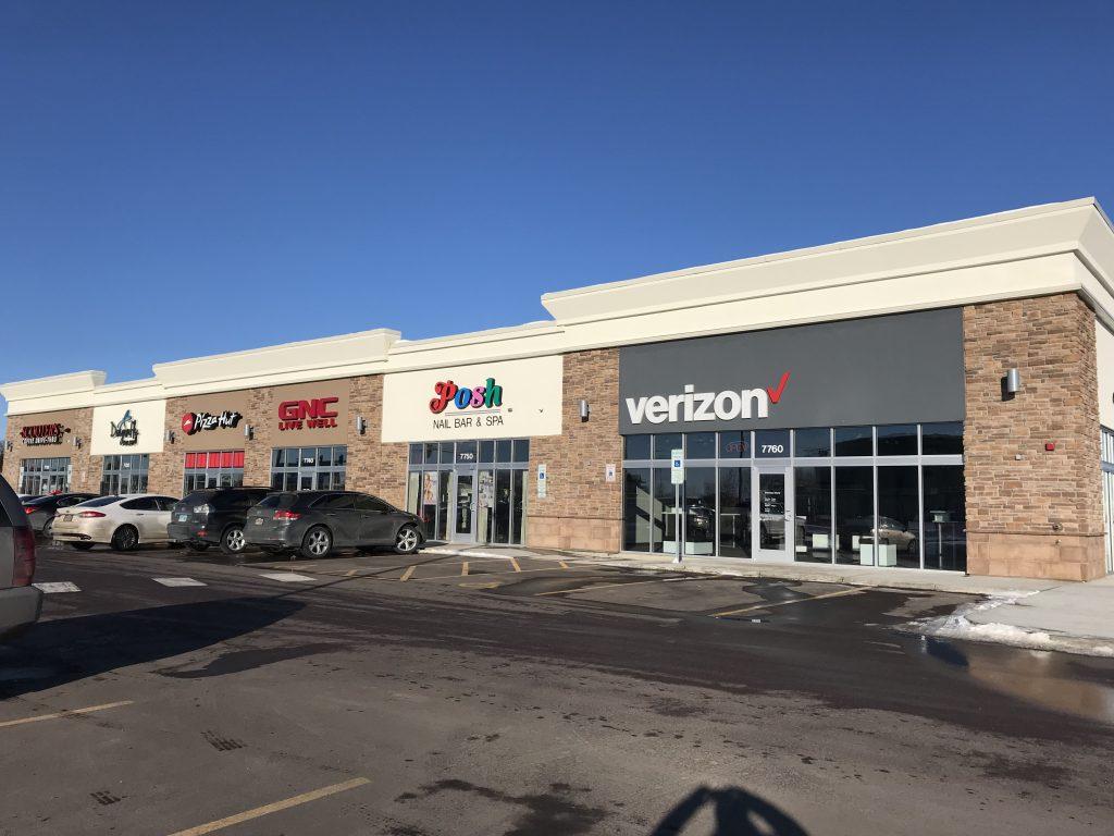 Dakota Crossing Retail Space