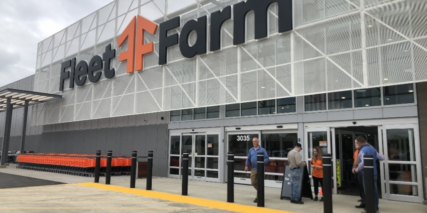 Fleet Farm Opens First South Dakota Store Lloyd Companies