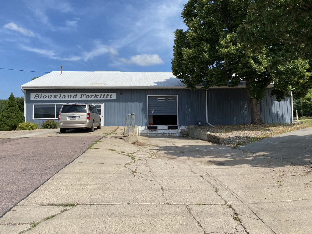 Siouxland Forklift Building